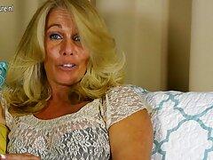 お尻に癌を持つ男の空気ポンドの美しい女の子。 女性 アダルト ビデオ
