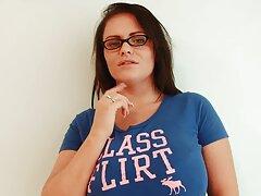 教師の白を誘惑する学生ラテン語のオフィス エロ 動画 女性 マッサージ