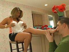 はげは、柔軟なお尻の巨大な細身の女の子をクラッシュします 女性 無料 えろ