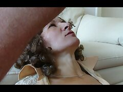 優雅な女性にジャンプの中雄鶏 女 の ため の アダルト ビデオ