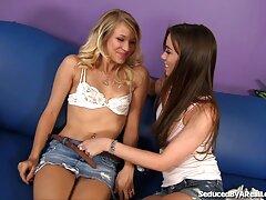ボインの女の子は口を持つ男を見るのを楽しみます 酔っ払い 女 エロ 動画