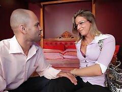 男は大きなディックを持つドイツ人女性のハンドルに彼のお尻を引っ張る 女性 の 為 の 無料 アダルト サイト