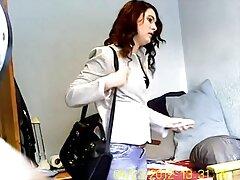 女の子の売春婦は穴を歓迎した 女性 失神 動画