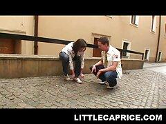 成熟した女性は若い男を誘惑する アダルト 女子
