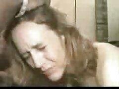 熟女を元気づけるために、大きなペニス エロ 動画 女性 でも 安心
