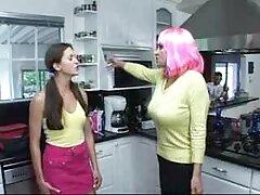 ロシアを設会レズビアンだ av 動画 女性 無料