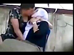 乗客の突風を揚げる エロ 女性 動画