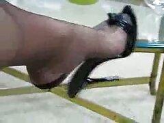 トップジョブで雌犬はお金を支払った 女性 の エロ 動画