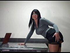 女性のためだけに美しい女性は男を喜ばせる 女性 も 安心 エロ 動画
