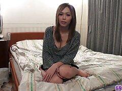 俺の妹が天然乳が彼masturbates エロ 動画 女性 無料